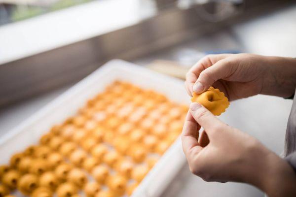 Motivierte Küchen-Mitarbeiter
