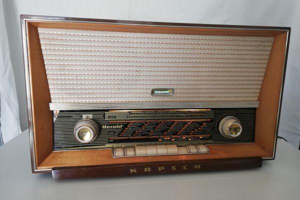 Röhrenradio Kapsch Herold