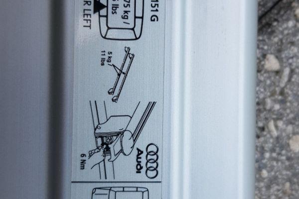 Original Grundträger-Dachträger für Audi Q5  zu verkaufen
