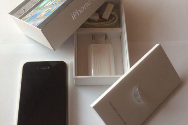 Apple iPhone 4 16 GB schwarz OVP FREI FÜR ALLE NETZE