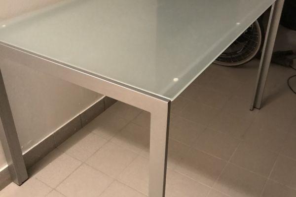 Tisch Metall/Glas