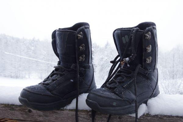 Snowboardschuhe Gr. 36.5 und Gr. 35