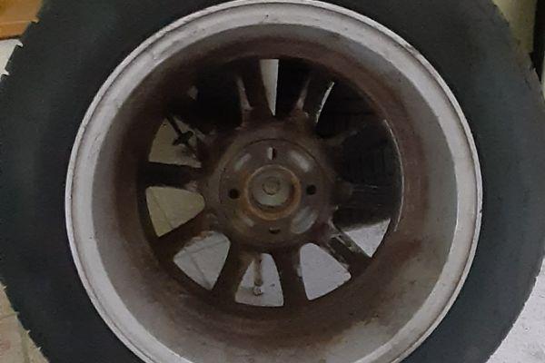 Sommerreifen (4) Pirelli 15 Zoll