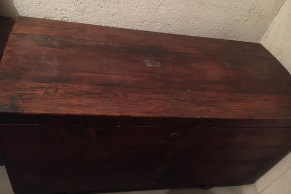 Antike Holztruhe