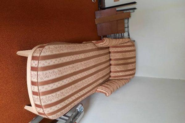 Chaiselongue - langer Stuhl