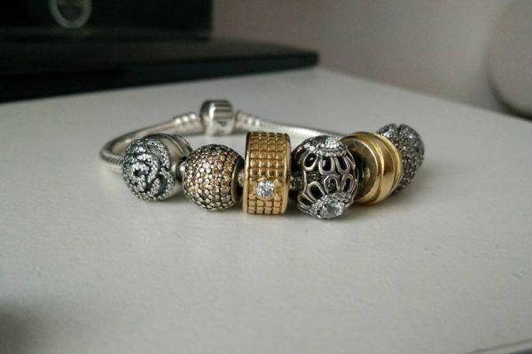Damen-Armband mit Anhänger, Marke Pandora