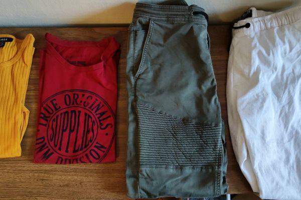 Kleidung zu verschenken