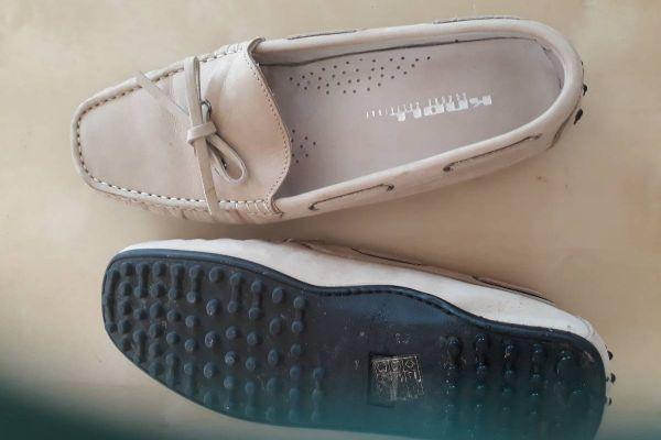 2 paar Schuhe 1x getragen