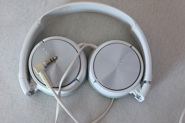 SONY Kopfhörer weiß