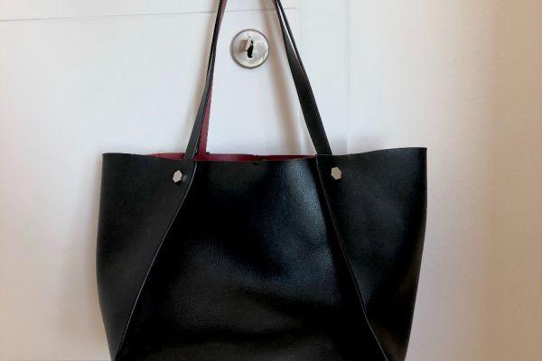 Schwarz-rote ZARA Handtasche