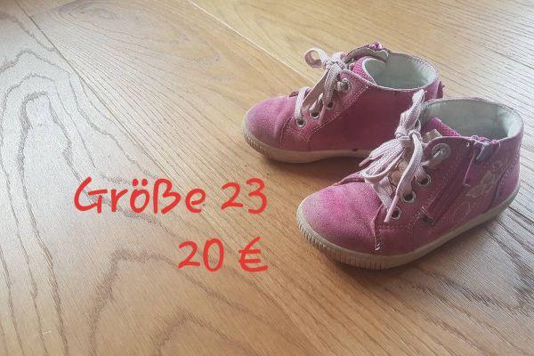 Schuhe Nr.21 und 23
