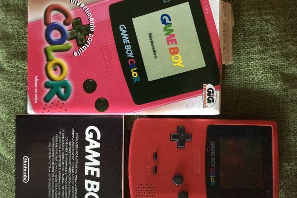Gameboy color pink