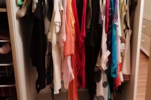 Kleiderunterschrank offen von Ikea