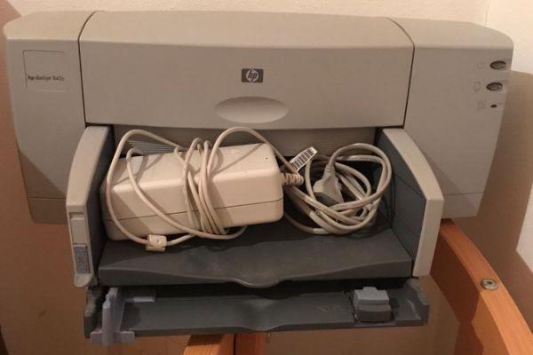 HP DeskJet 845c (funktionstüchtig!) ohne Kartusche zu verschenken
