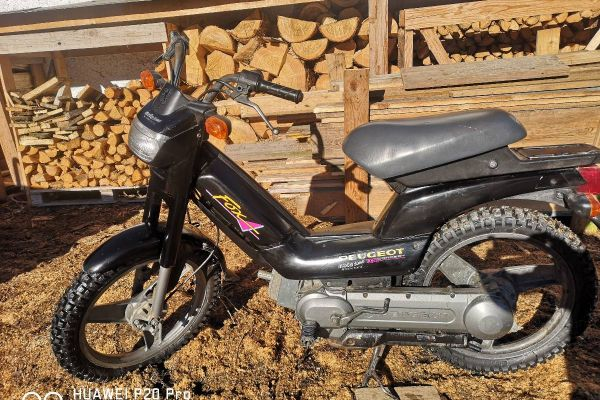 Moped Peugeot