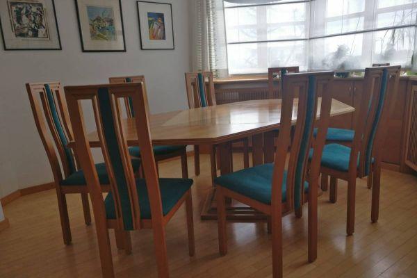 Sechseckiger Tisch