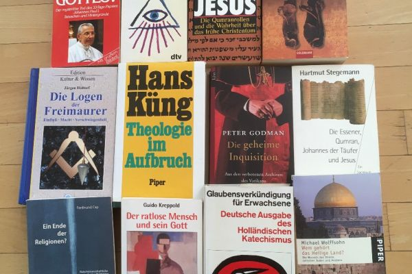 """Bücher zum Thema """"Gott"""" und """"Religion"""""""