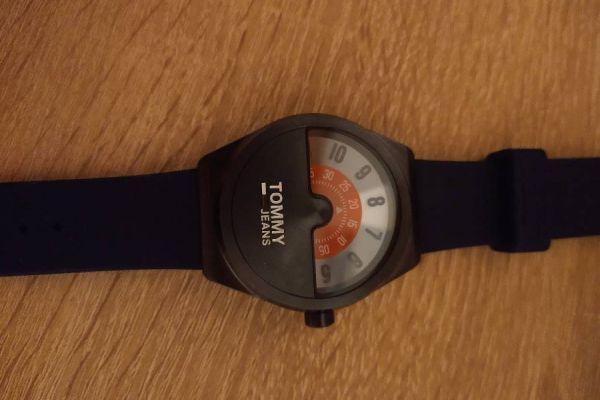 außergewöhnliche Uhr