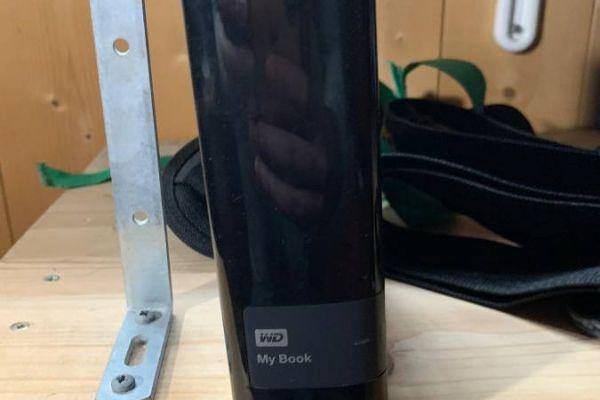 WD Mybook Festplatte 4TB-Kingston USB Stick 32GB