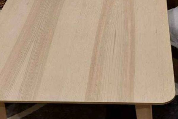 IKEA Tisch aus massiver Birke