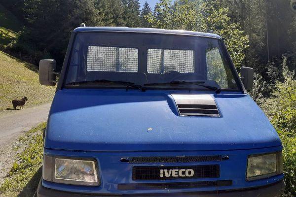 Bestandteile Lieferwagen Iveco