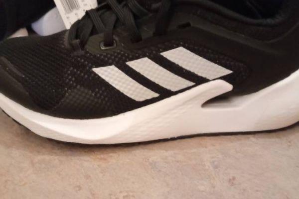 Schuhe neu adidas