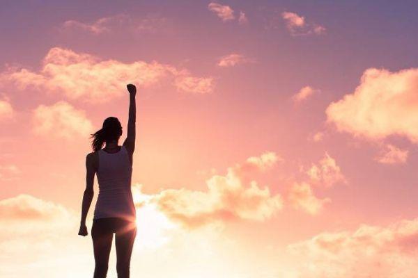 Erfolgreiche Menschen mit positivem Mindset gesucht