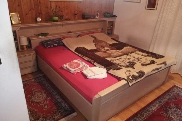 Zwei Schlafzimmer zu verkaufen