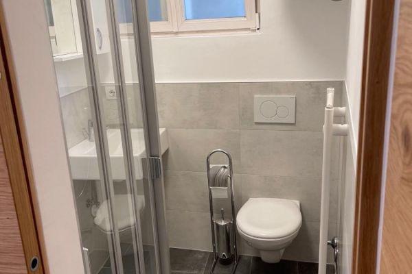 Neu sanierte 2- Zimmerwohnung in Kardaun zu vermieten