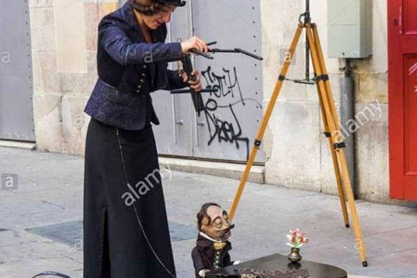 Marionettenliebhaber /-spieler gesucht