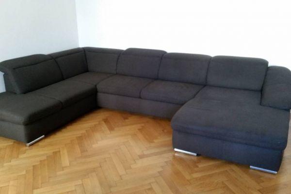 Couch neuwertig 250 Euro