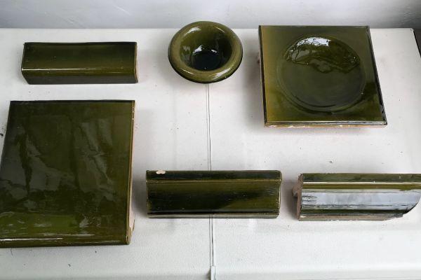 Keramikverkleidung für Kachelofen, Ole