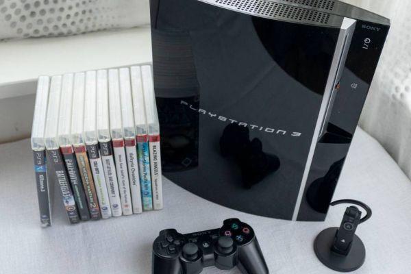 PS3 mit Spielen, Headset