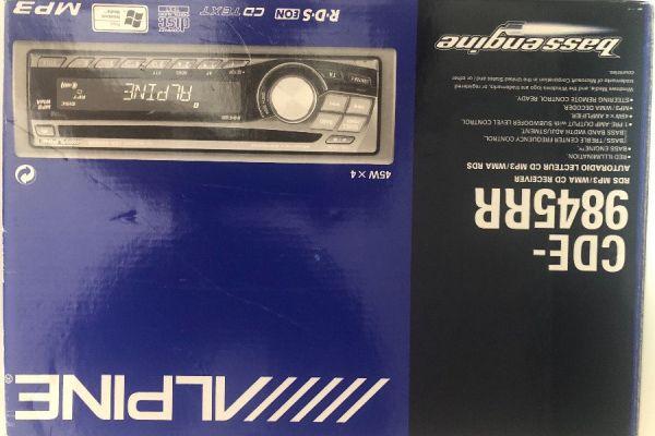 Alpine Autoradio CD-MP3