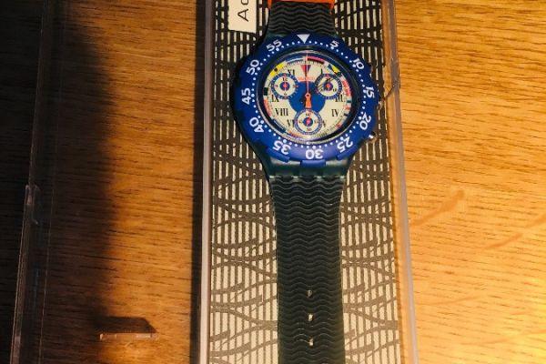 Neue Chrono Swatch Uhr originalverpackt aus Sammlung
