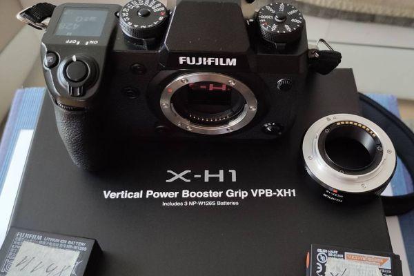 Fujifilm X-H1, mit Batteriegriff, OVP