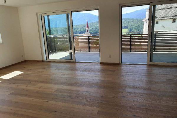 Vermiete ab sofort große neue 4-Zimmerwohnung in bester Lage Pfalzen
