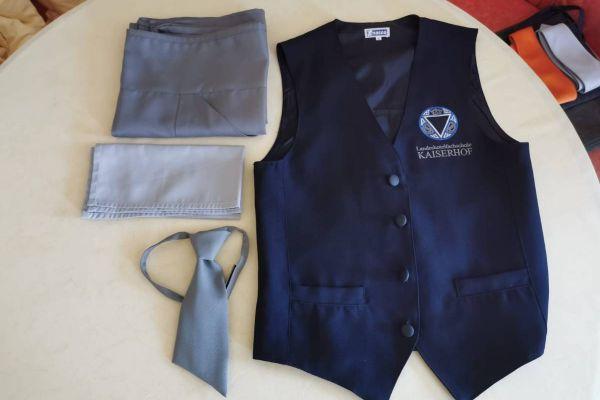 Praxisbekleidung - Hotelfachschulen