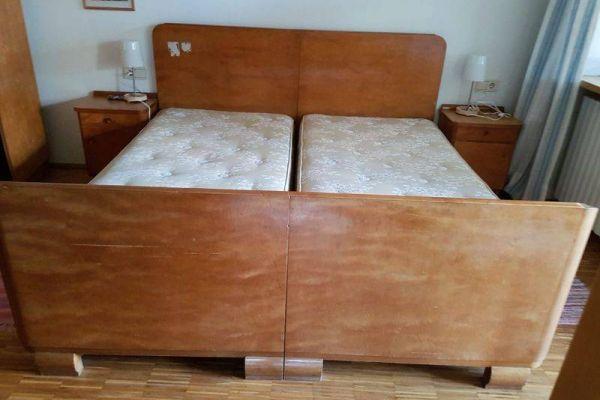 Doppelbett Massivholz zu Verschenken