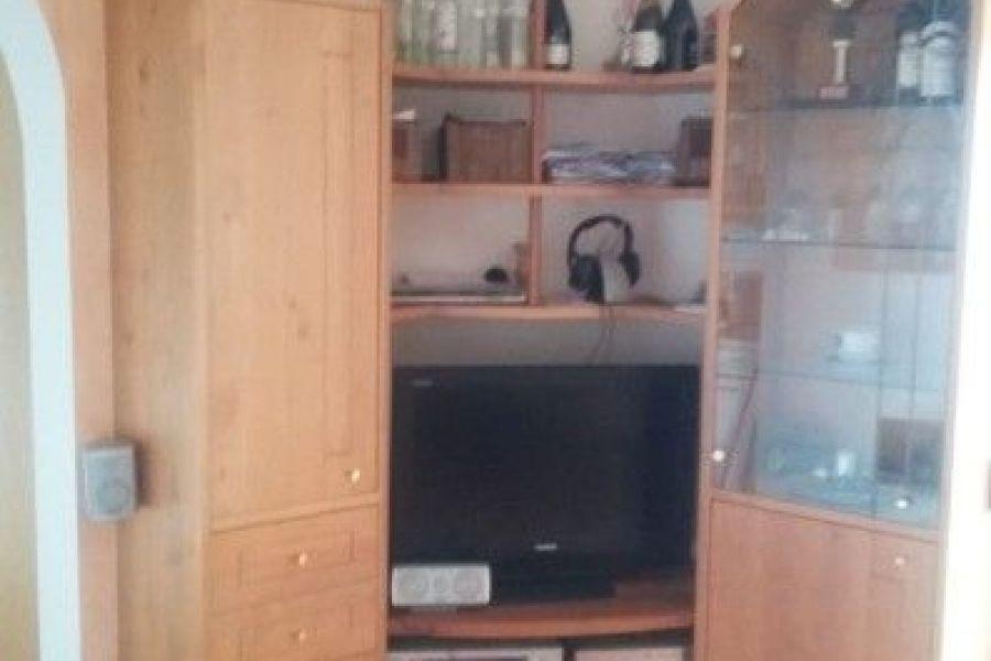 Verkaufe hochwertigen Schrank/Eckbank/Tisch/Stühle - Bild 1