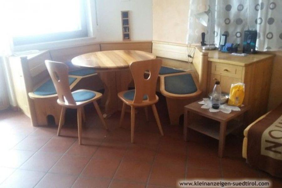 Verkaufe hochwertigen Schrank/Eckbank/Tisch/Stühle - Bild 2