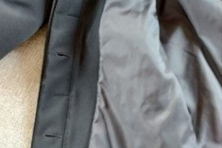 schwarze Jacke, Gr. 42,   25 Euro - Bild 3
