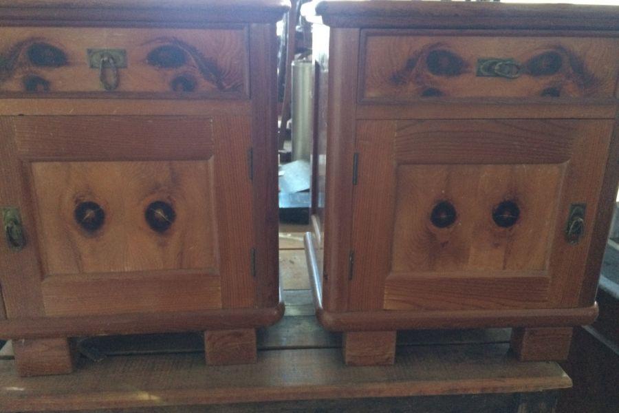 Kommodeschrank mit zwei Nachtkaestchen in Massivholz - Bild 2
