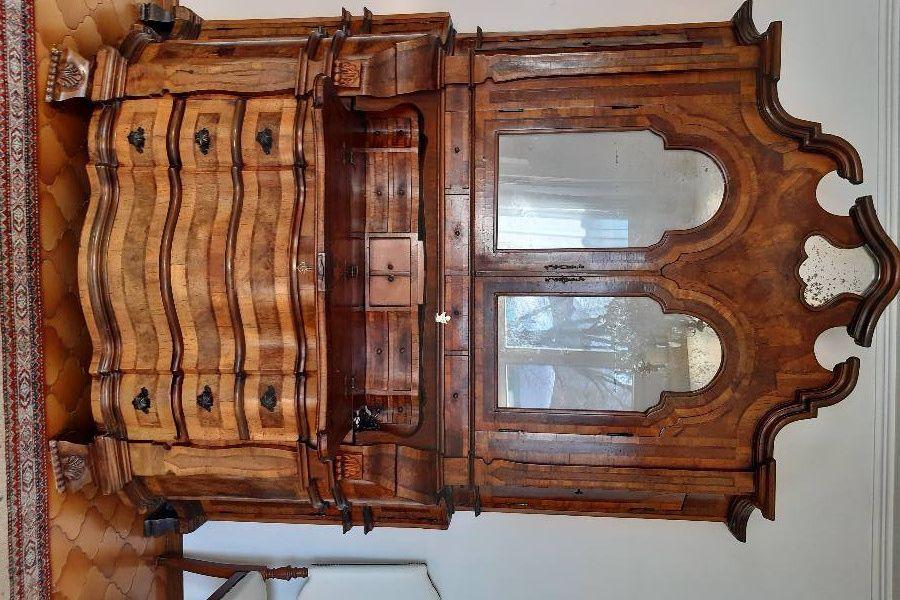 Schöner, antiker Schrank (Trumeau) - Bild 1