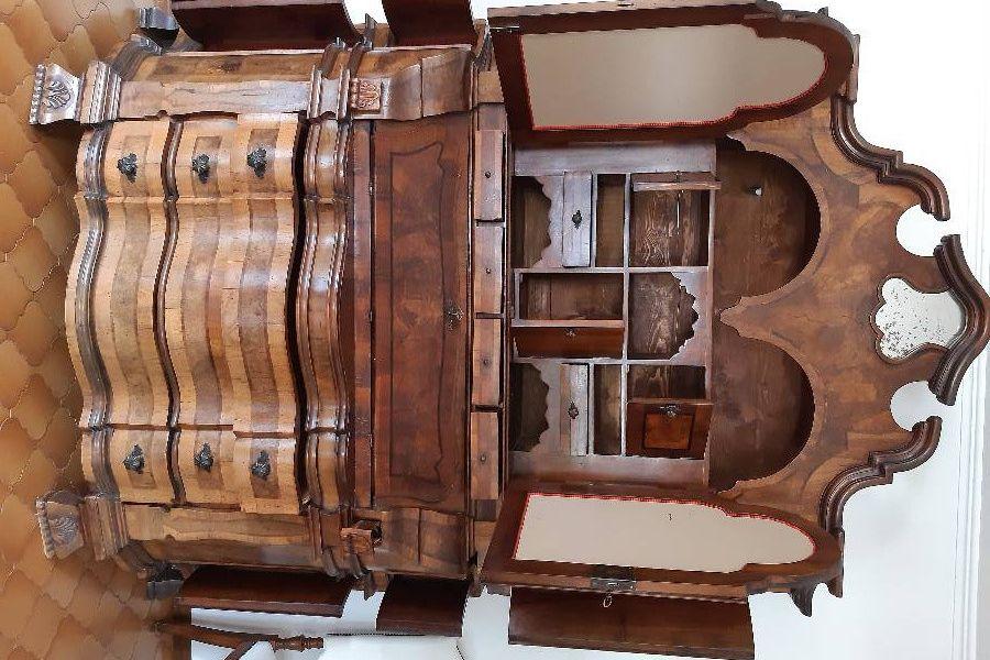 Schöner, antiker Schrank (Trumeau) - Bild 3